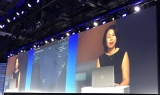 VMware vice president of engineering and product management June Yang demonstrating VMware Cloud on Dell EMC