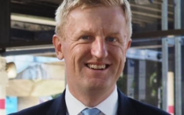 "Oliver Dowden: ""No new [Huawei] kit is to be added from January 2021, and UK 5G networks will be Huawei free by the end of 2027."""
