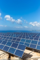 Telstra secures future power supplies with RES solar farm deal