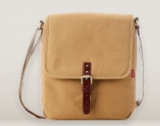 Toffee Osaka – tablet satchel with Style (review)